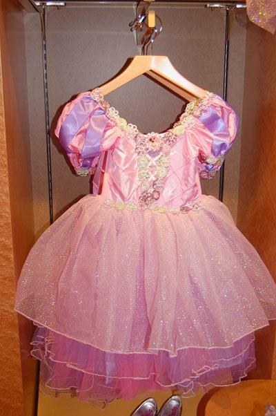 Disney fantasy bibbidi bobbidi boutique photos packages prices - Princesse minnie ...