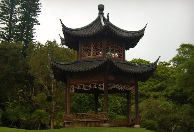 lanai chinese pagoda