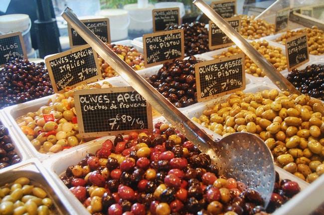 aix market olives