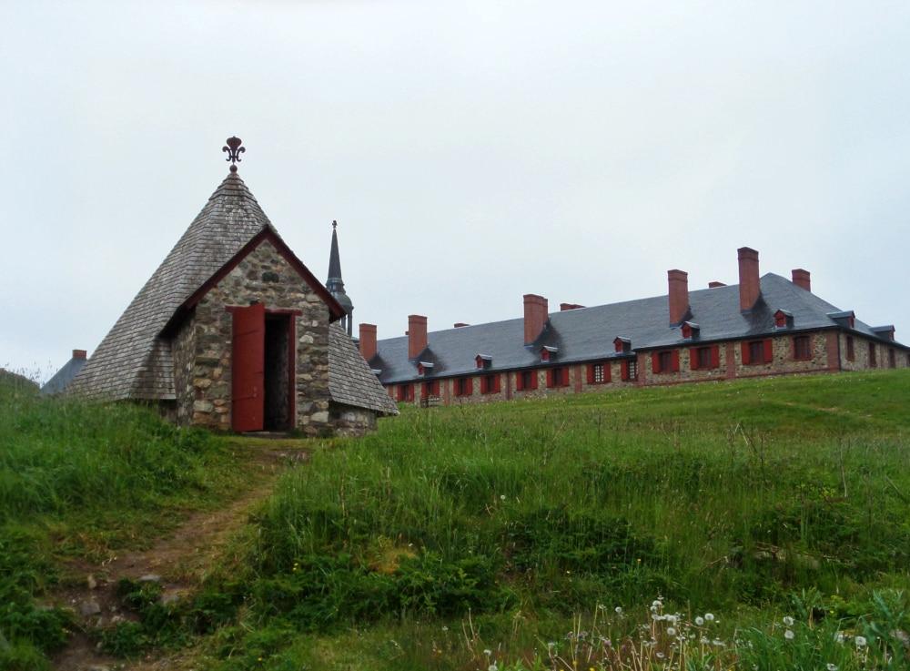 Fortress of Louisbourg nova scotia