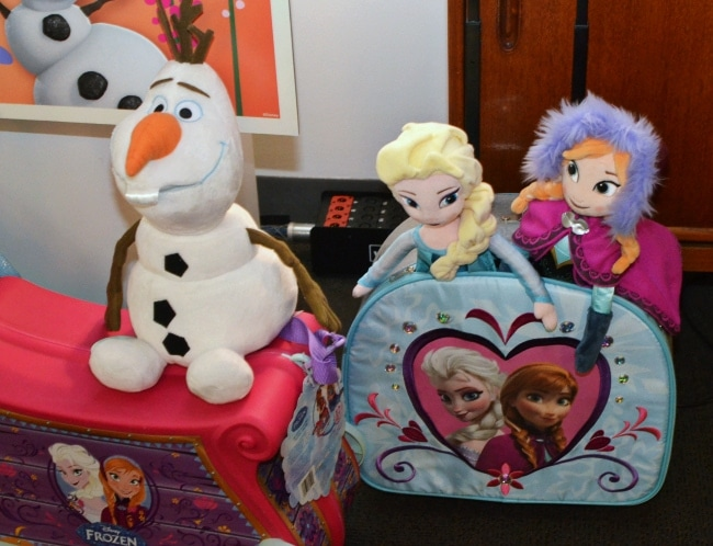 Christmas Toys Disney : Disney s frozen must have holiday toys gifts