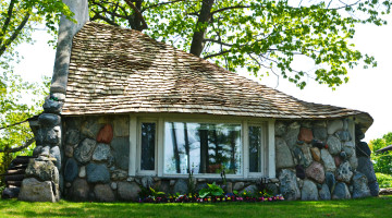 mushroomhouse_michigan