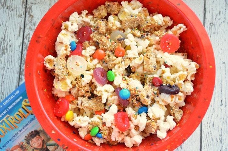 popcorn candy mix