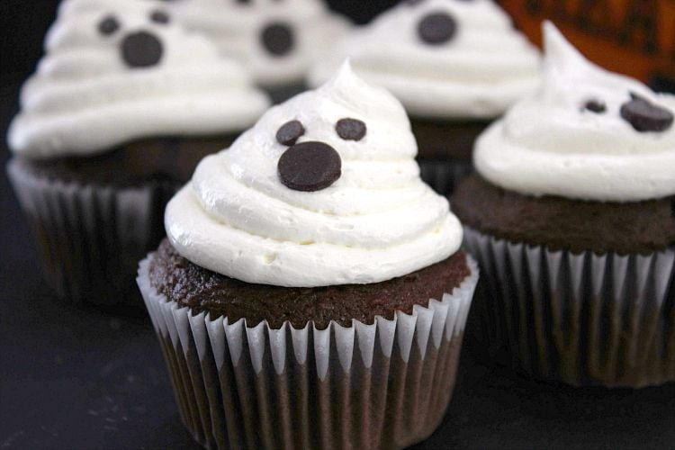 cute & spooky halloween ghost cupcakes recipe