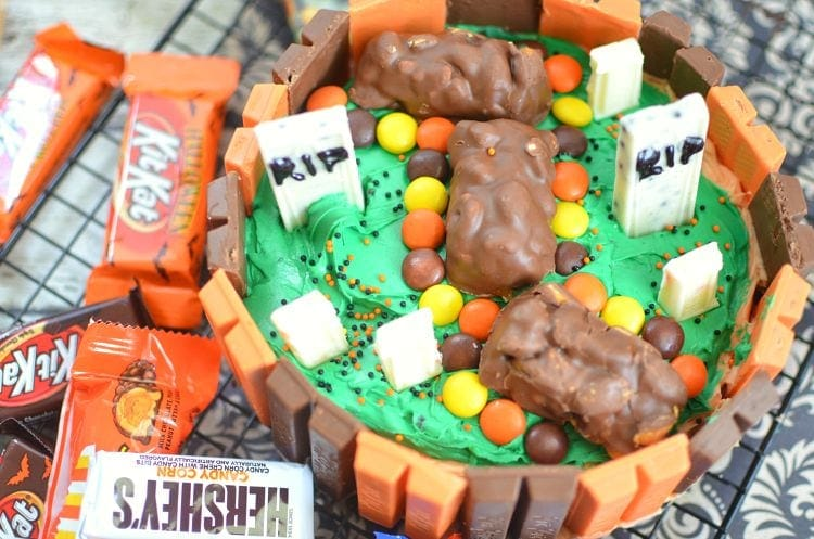 Kit Kat® Halloween Cake Recipe