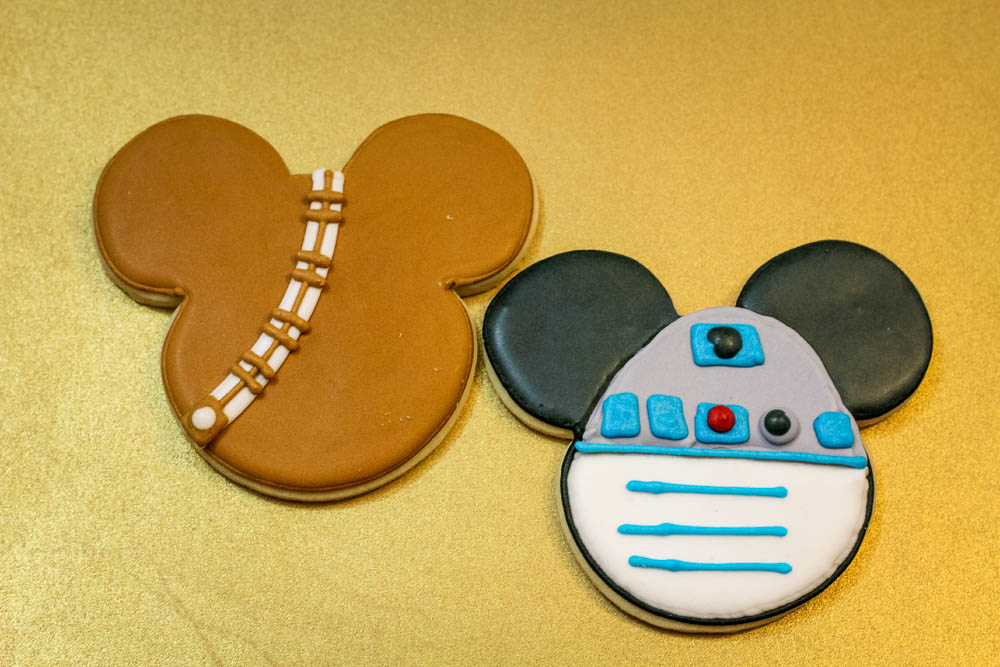 Chewbacca and R2-D2 Cookies