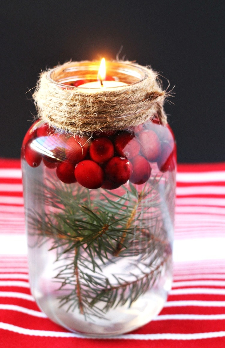 DIY Holiday Mason Jar Floating Candle