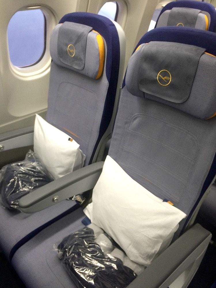 lufthansa economy basic seats