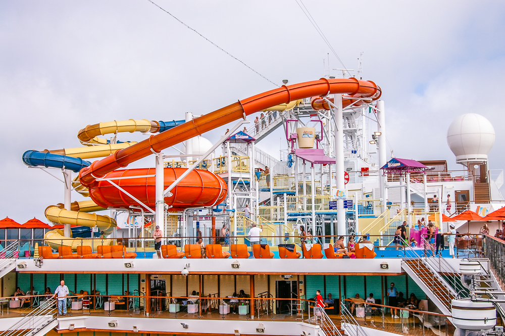 Carnival Magic upgrades waterpark