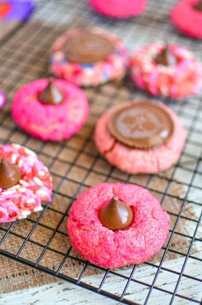 strawberry hershey's kiss cookies