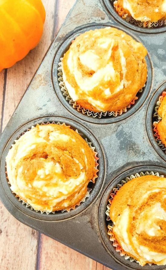 cream cheese swirl muffins recipe