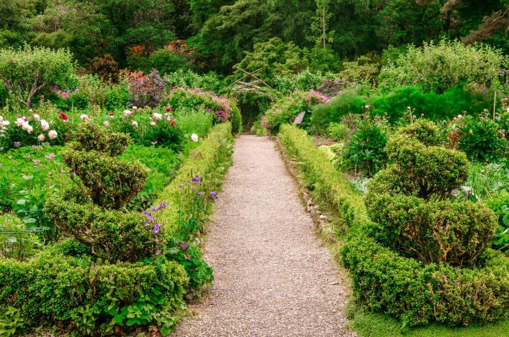 Glenveagh castle and gardens ireland