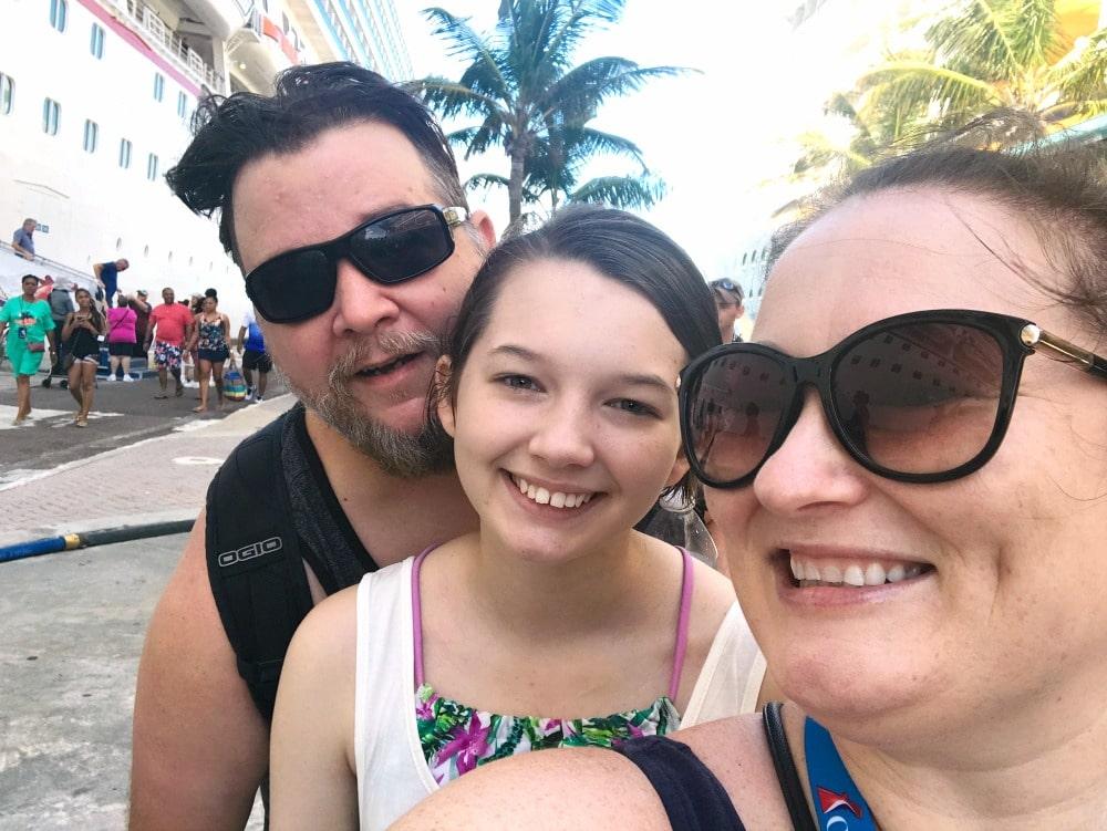 cruising carnival family travel