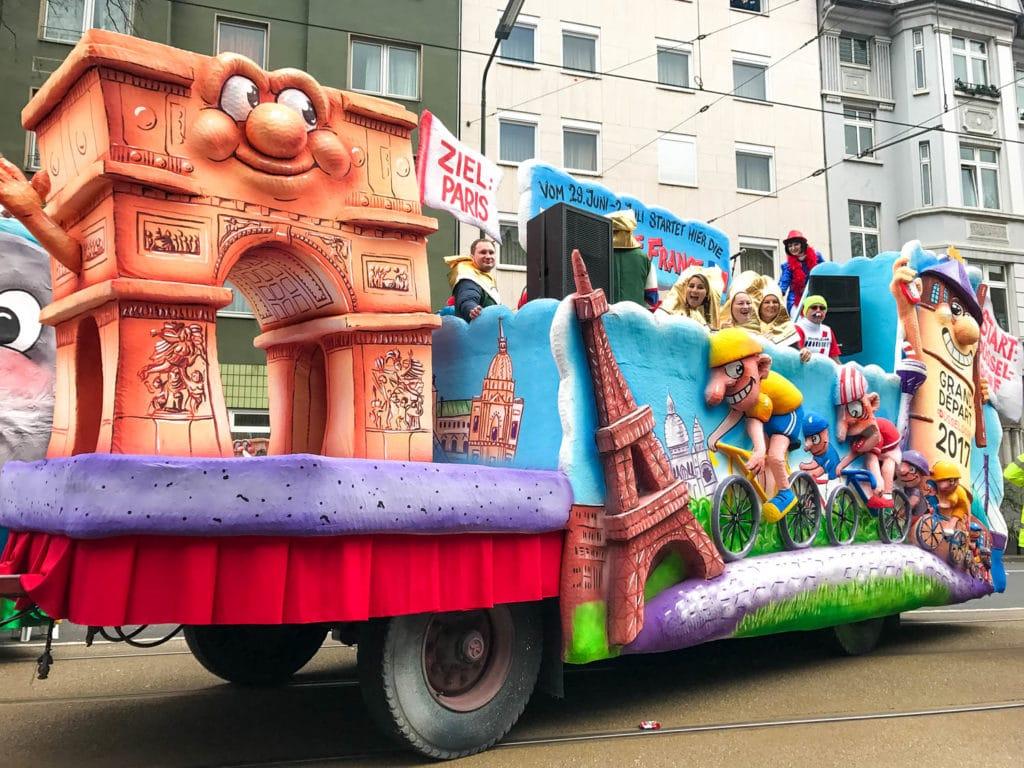 tour de france float dusseldorf carnival