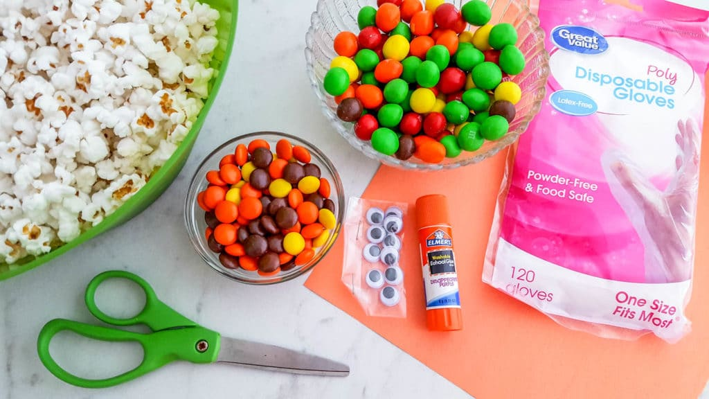 How to make Turkey Popcorn Treat Bags for Thanksgiving