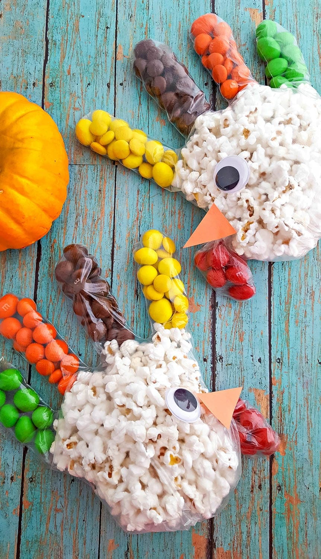 Turkey Popcorn Treat Bags for Thanksgiving