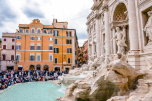 trevi fountain with kids
