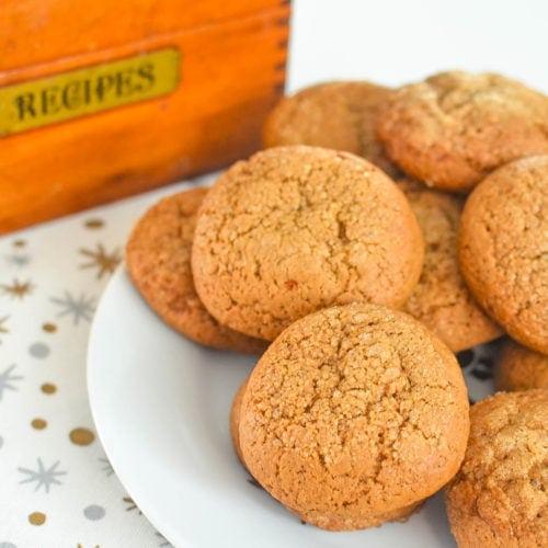 Grandma's Molasses Crinkle Cookies Recipe