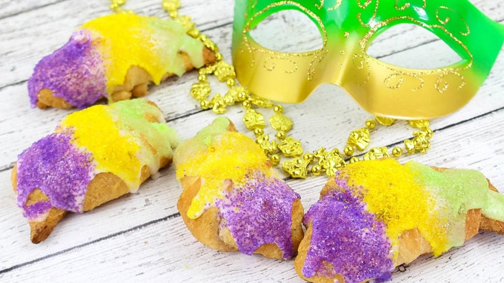 mardi gras king cake crescent rolls recipe