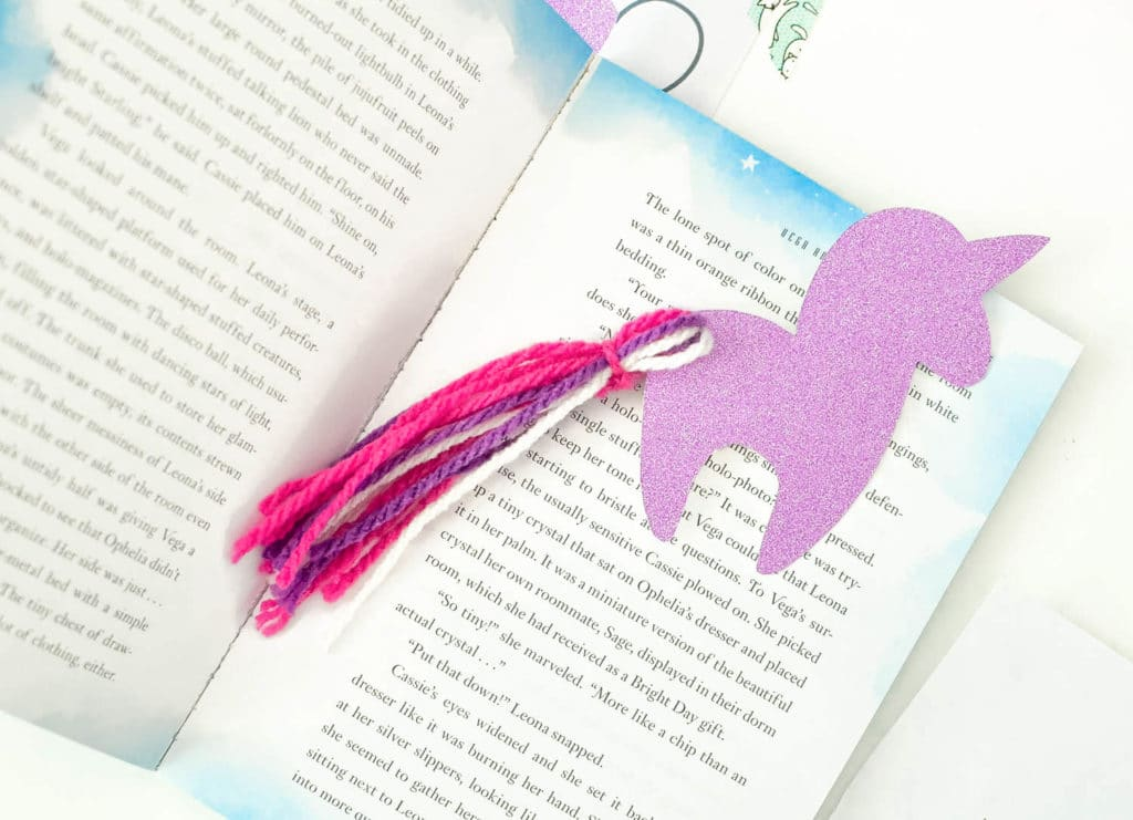DIY Unicorn Bookmark with Free Unicorn Printable