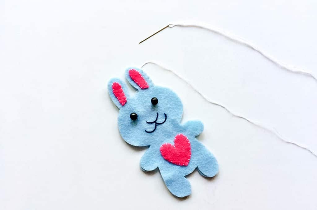 How to Make a Felt Plushie Easter Bunny