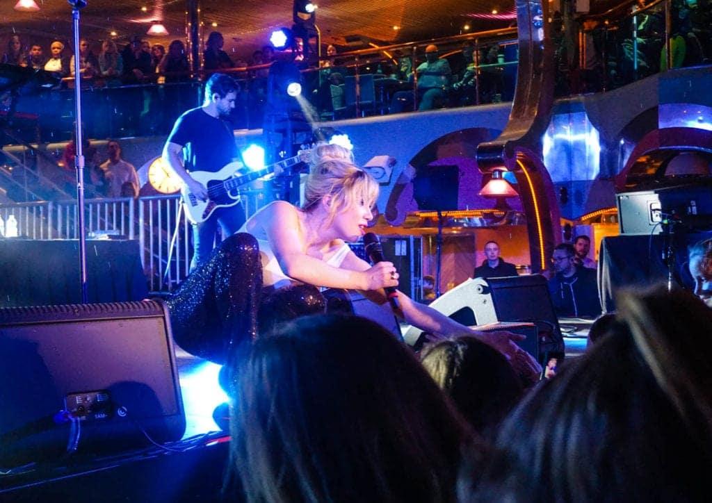 Carly Rae Jepsen Live Concert