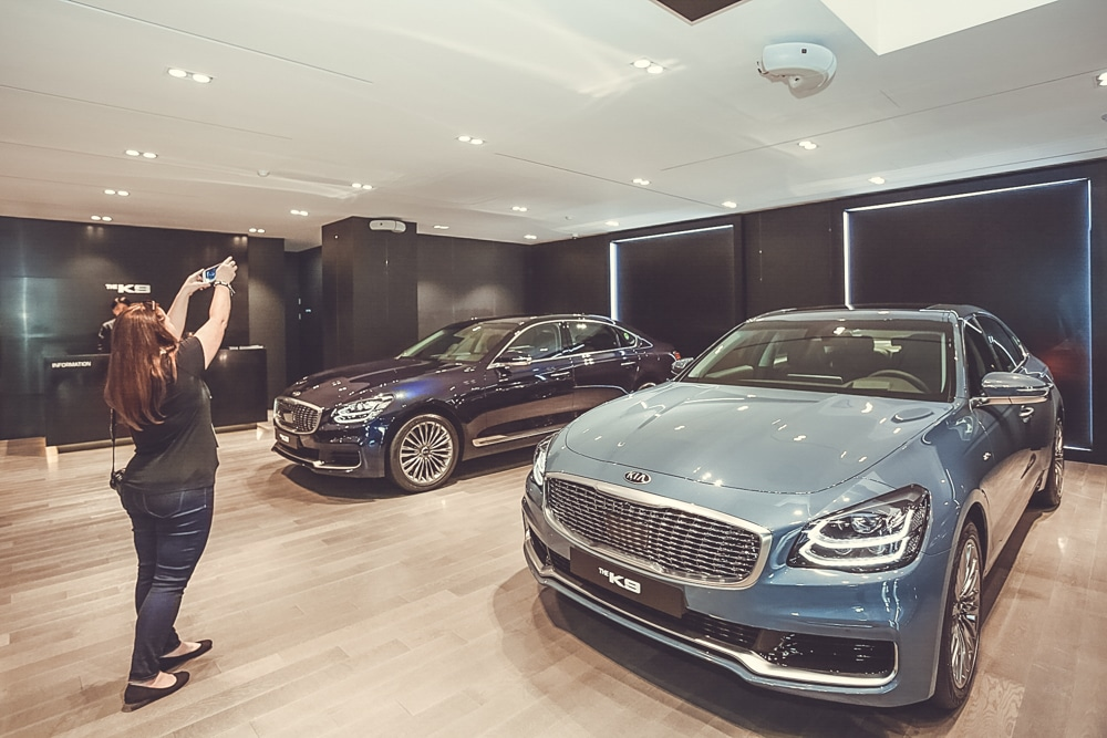 kia k900 salon seoul korea