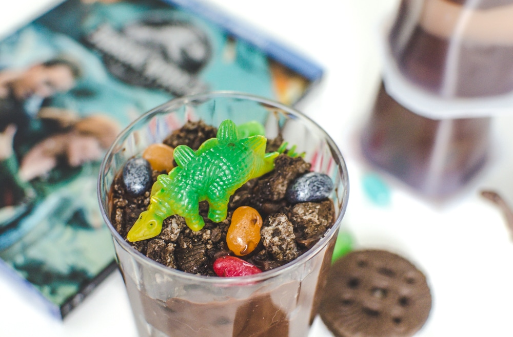 How to Make Dino Dirt Cups for a Dino Themed Party