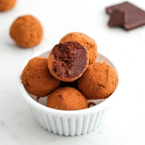 Healthy Chocolate Truffles | Easy Chocolate Truffles Recipe