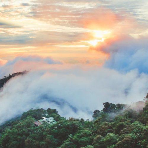 mashpi lodge luxury cloud forest ecuador