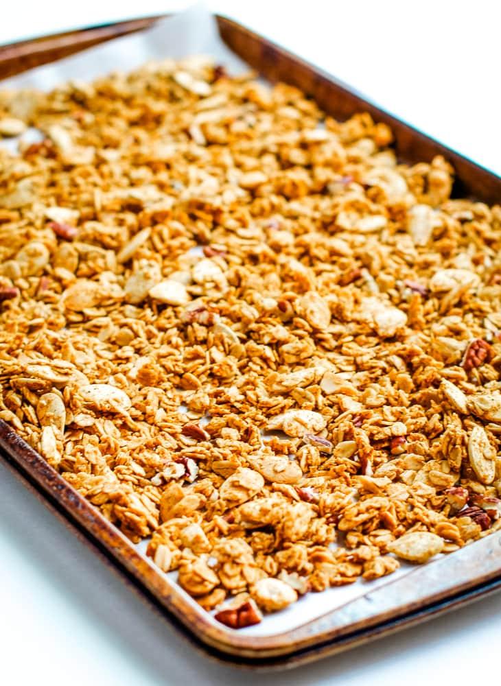 Baked Pumpkin Spice Granola Recipe