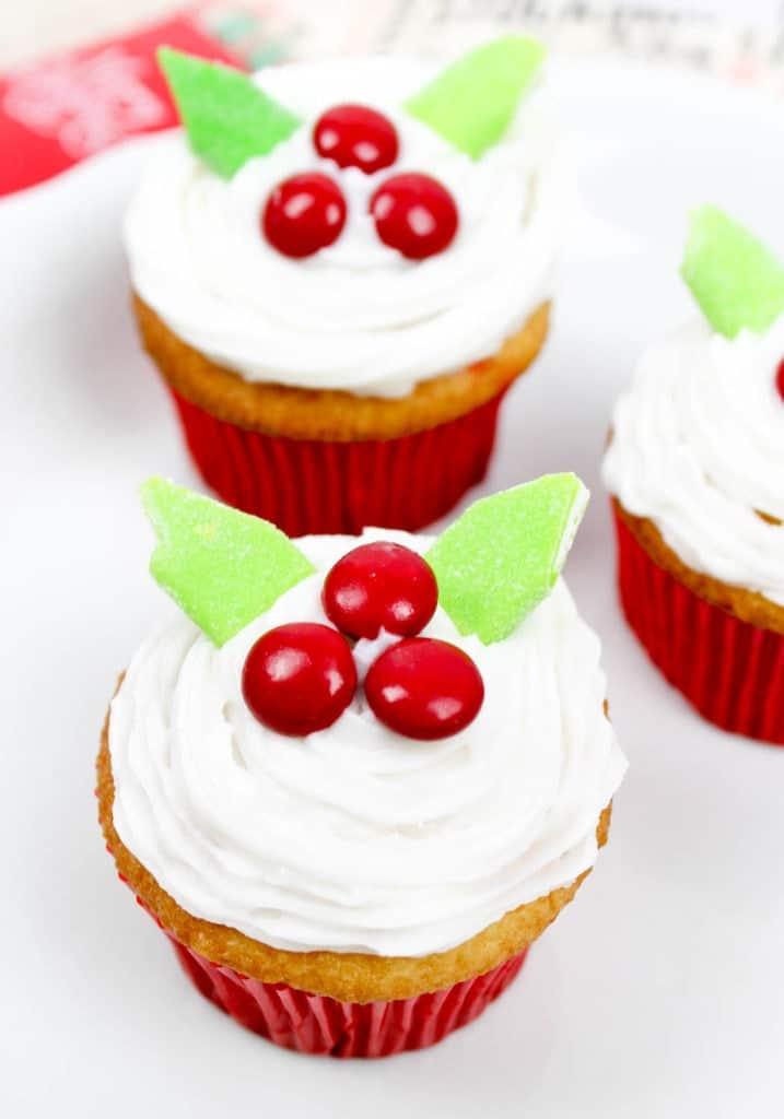 Mistletoe Cupcakes - Easy Christmas Cupcakes