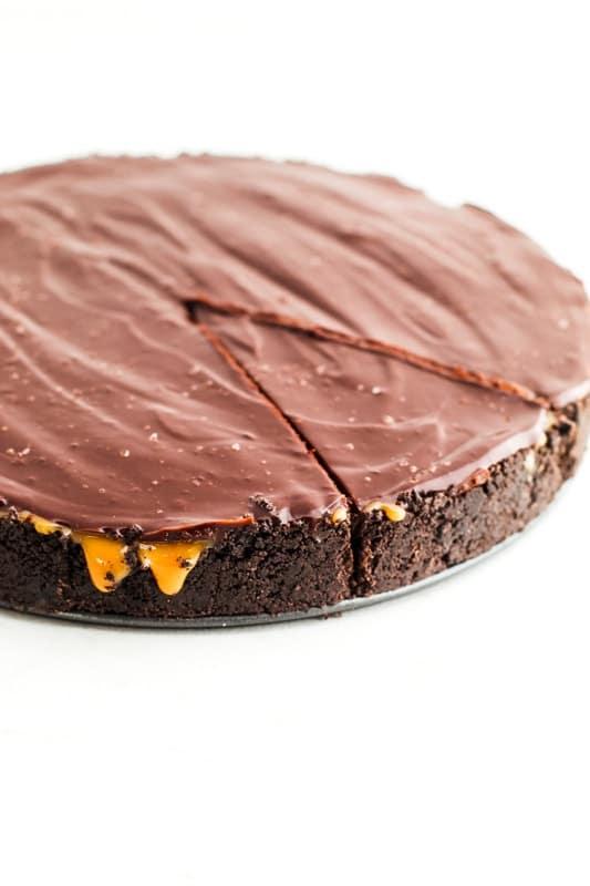 The Best Chocolate Caramel Pie