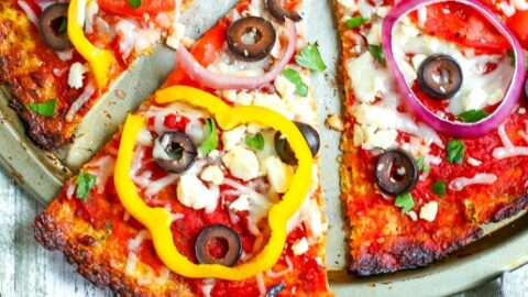 Mediterranean Pizza with Cauliflower Crust | Mommy Musings