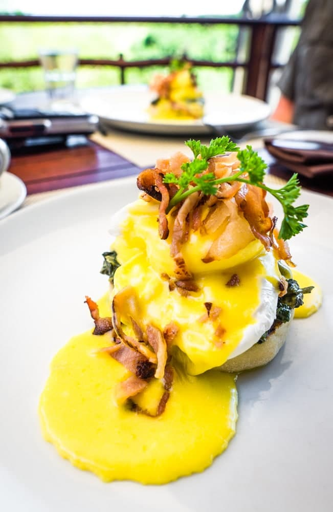 Thanda Safari Eggs Benedict