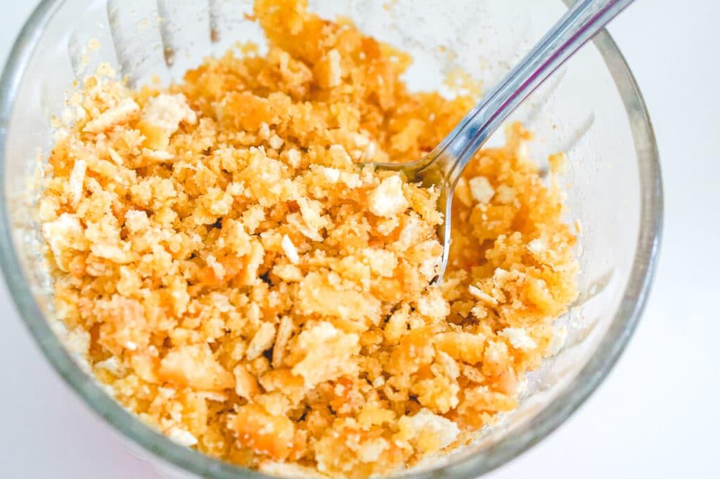 butter cracker crumbs