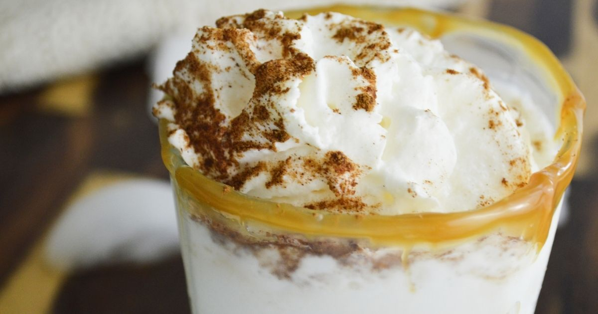 Top of cocktail with cinnamon