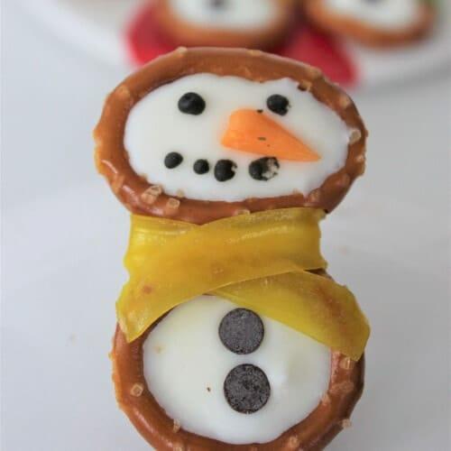 pretzel snowman closeup