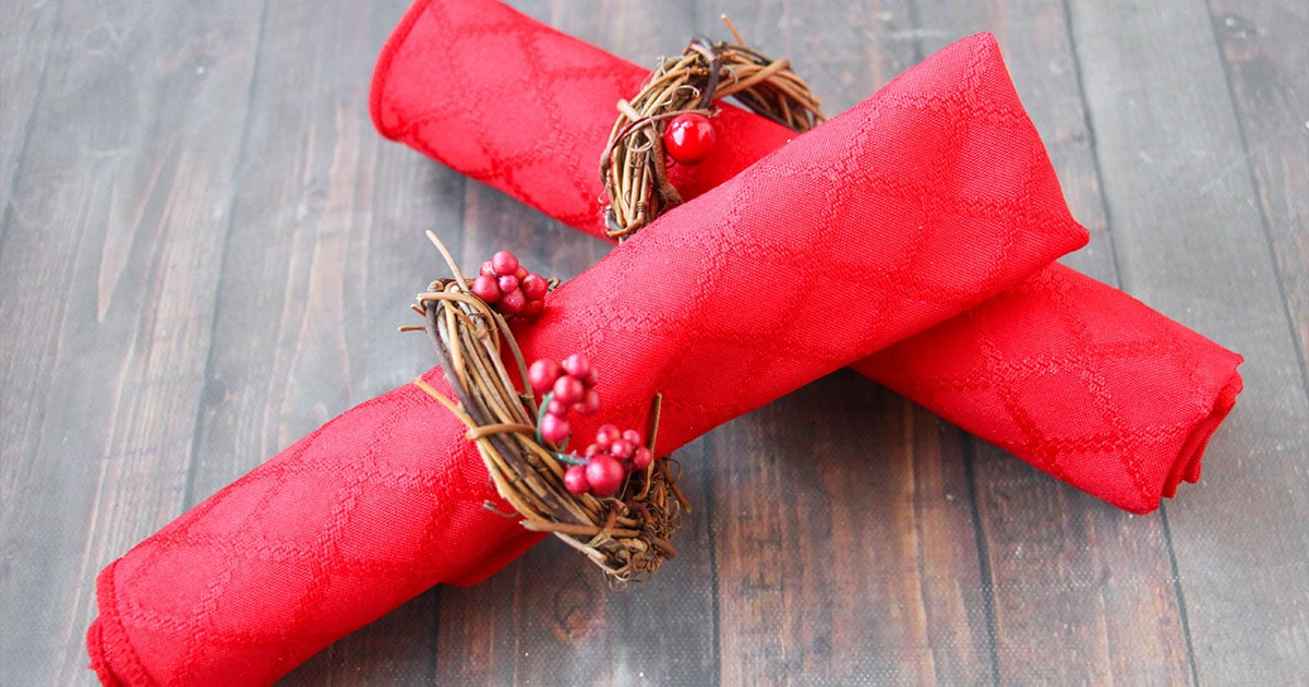 Rustic Wreath Napkin Rings Holiday Craft