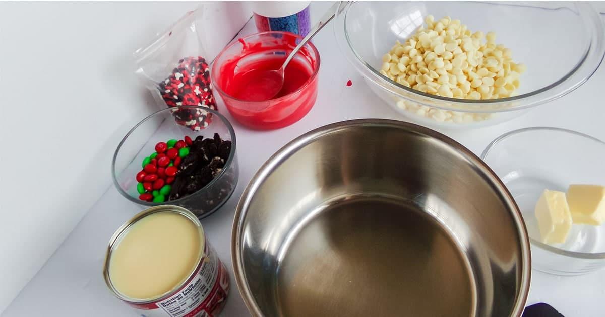 supplies to make mickey christmas fudge