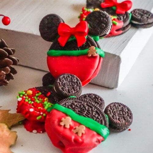 dipped oreo cookies for mickey mouse christmas cookies