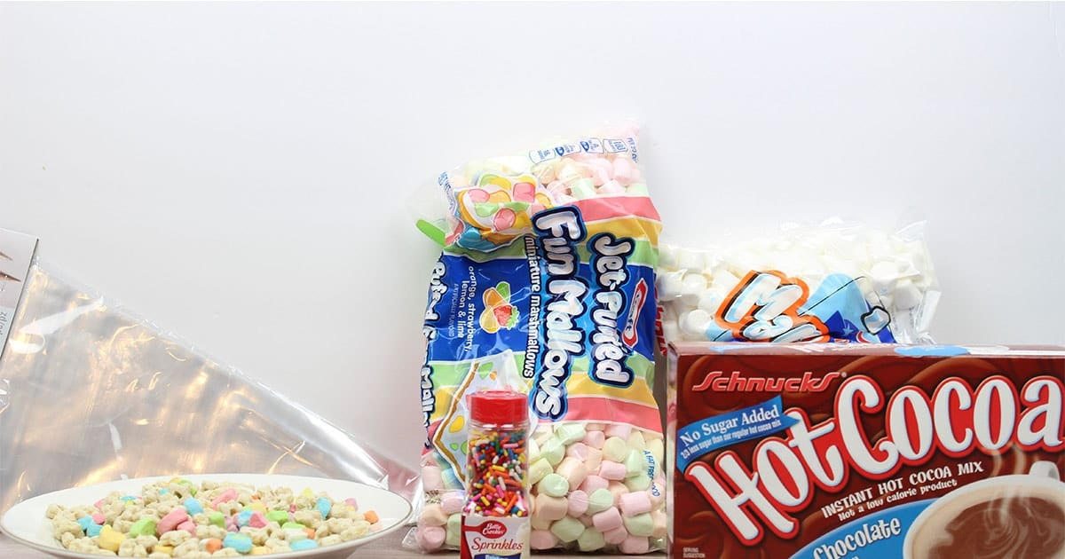 supplies to make easy hot cocoa unicorn horns