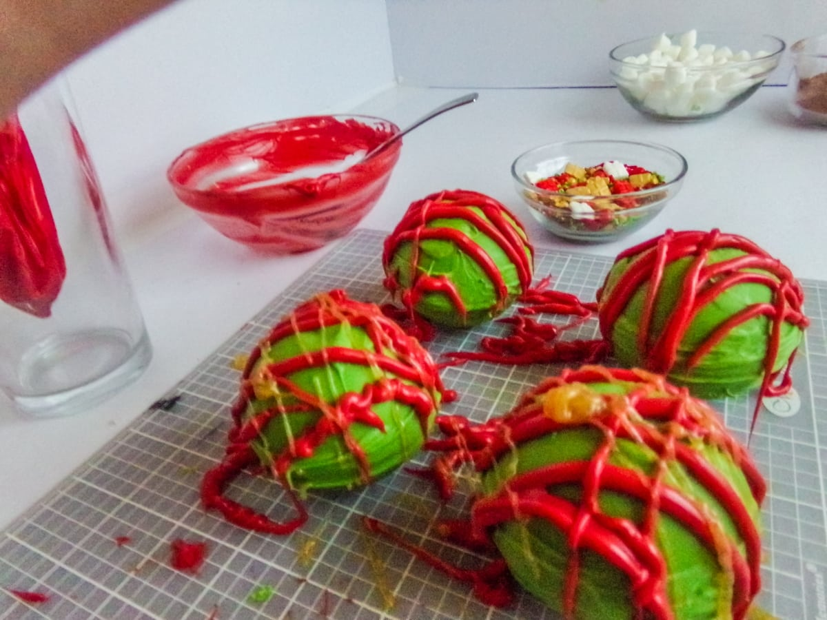 decorating Christmas Hot cocoa bombs