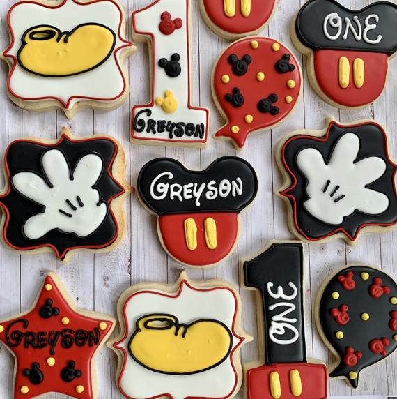 Mickey Mouse royal icing cookies