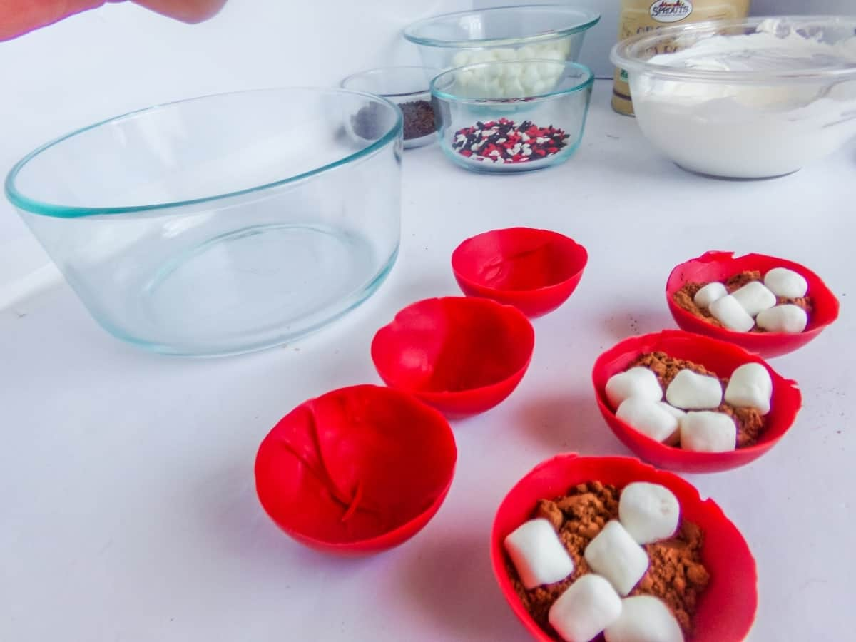 stuffing mickey hot cocoa bombs