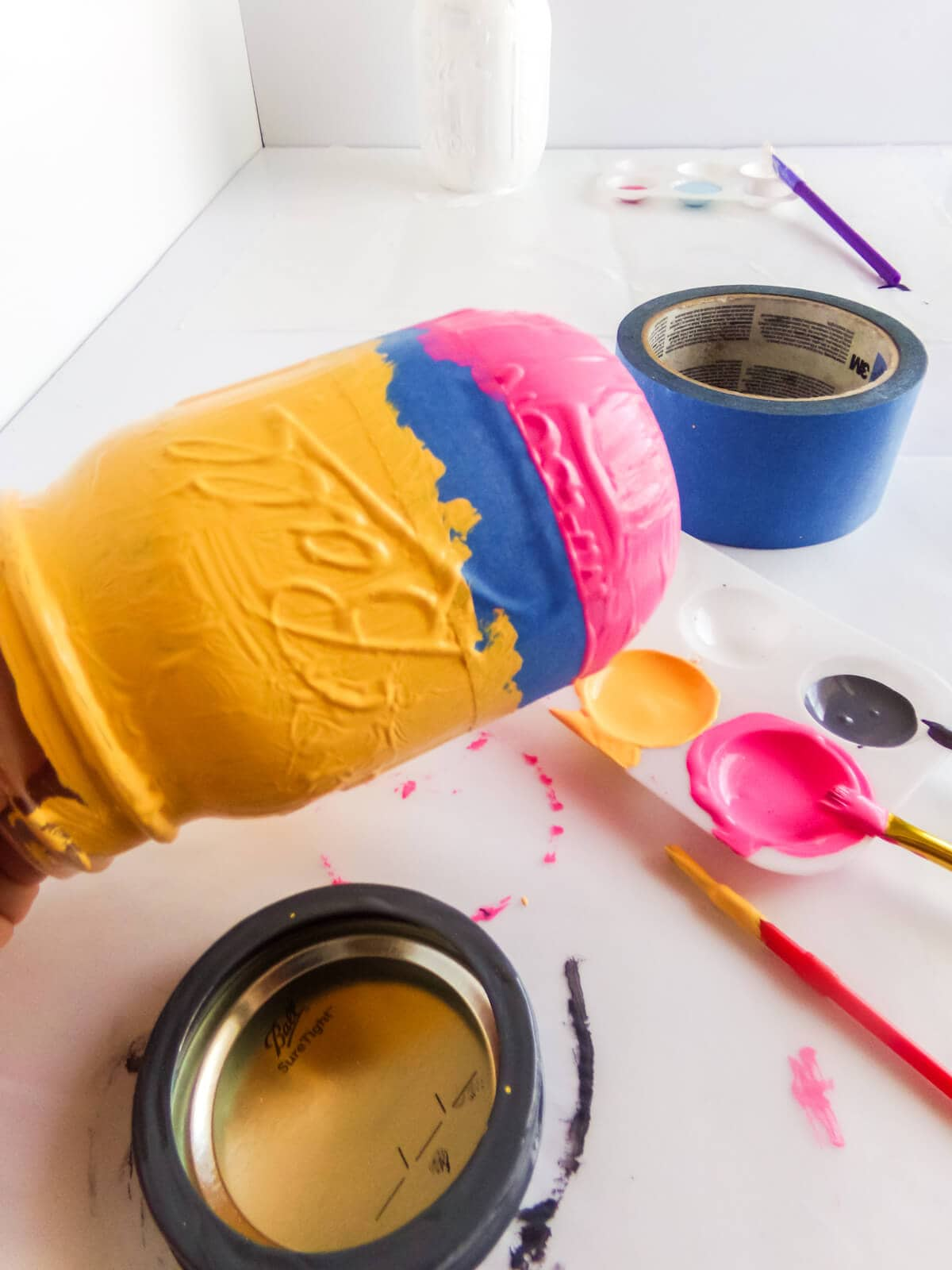 how to paint a mason jar pencil