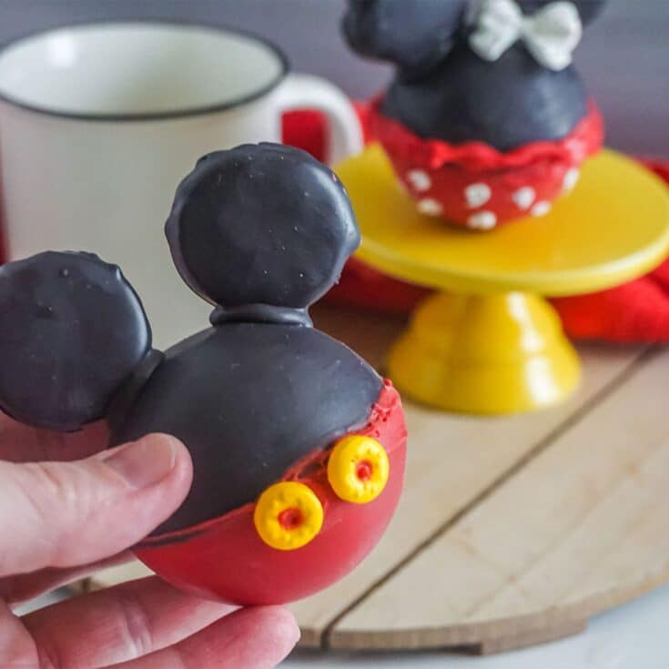peppermint mickey and minnie hot cocoa bombs