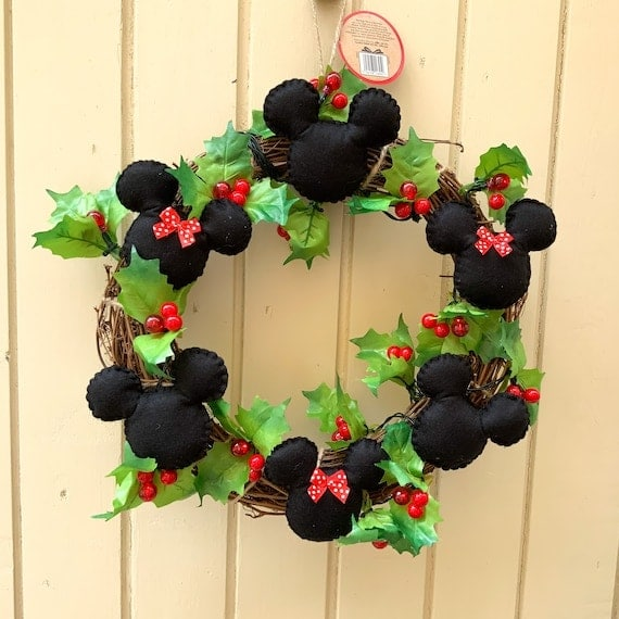 Disney Christmas Wreath With Lights