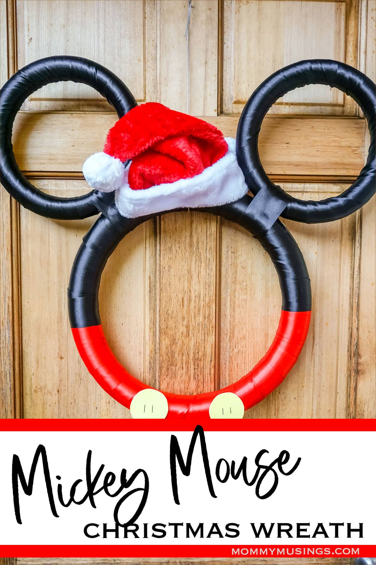 mickey holiday wreath with text which reads mickey mouse christmas wreath